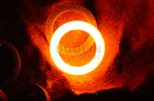 Automatically feeding for steel ring hot forging